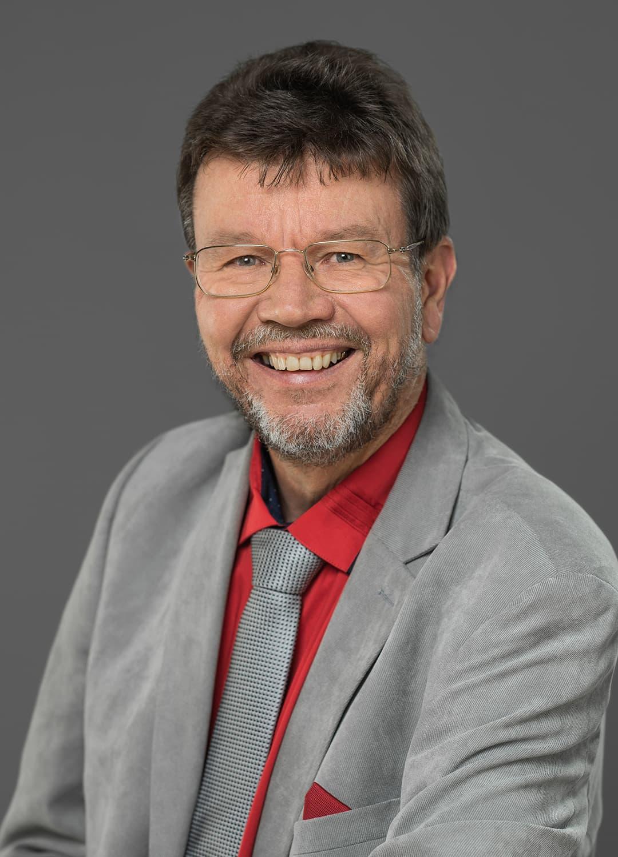 Thomas Straub