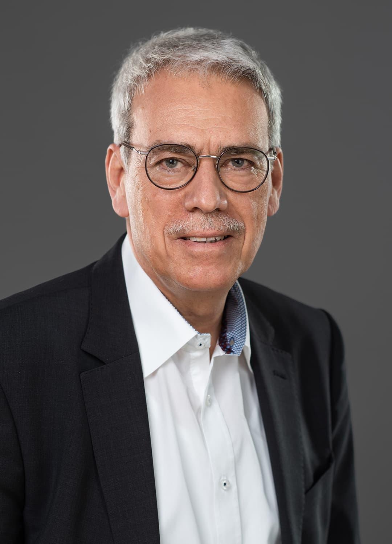 Dr. Markus Binder